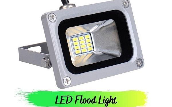 Flood light - một trong những loại đèn phổ biến nhất hiện nay